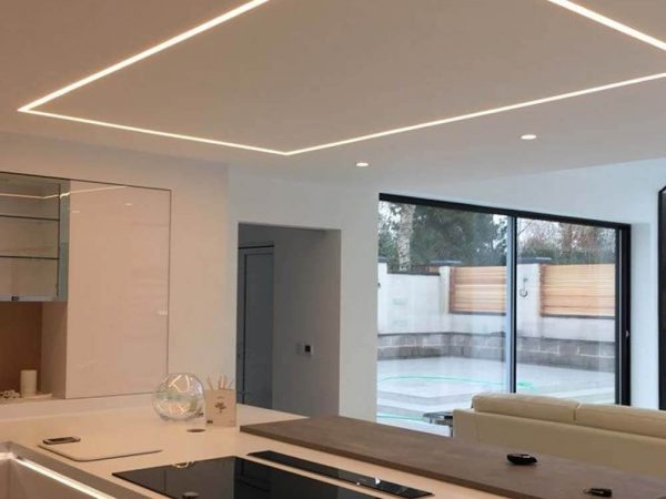 Edge LED verlichting open keuken