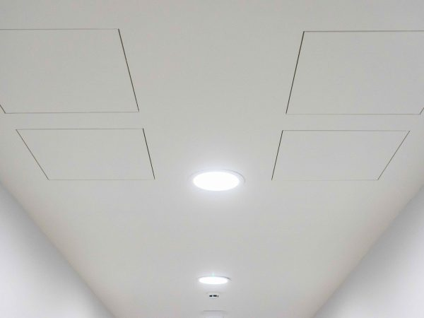 Inspectieluik spanplafond integratie