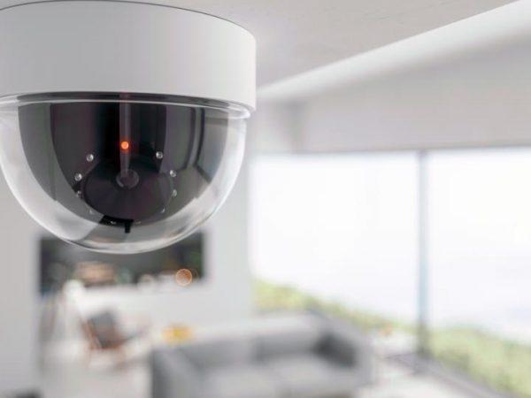 camera installatie op spanplafond