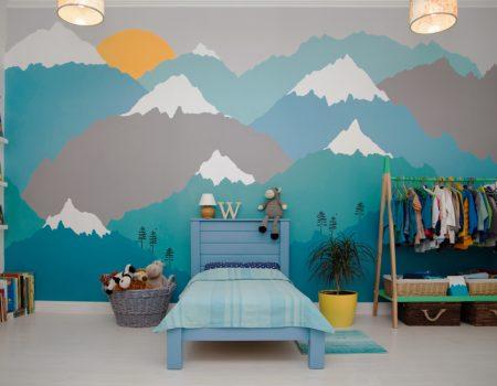 spanplafond in een kinderkamer spanwand met een print