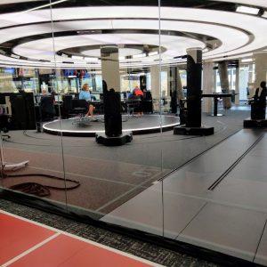 spanplafond lichtplafond in een televisie studio opname studio bekende europese zender
